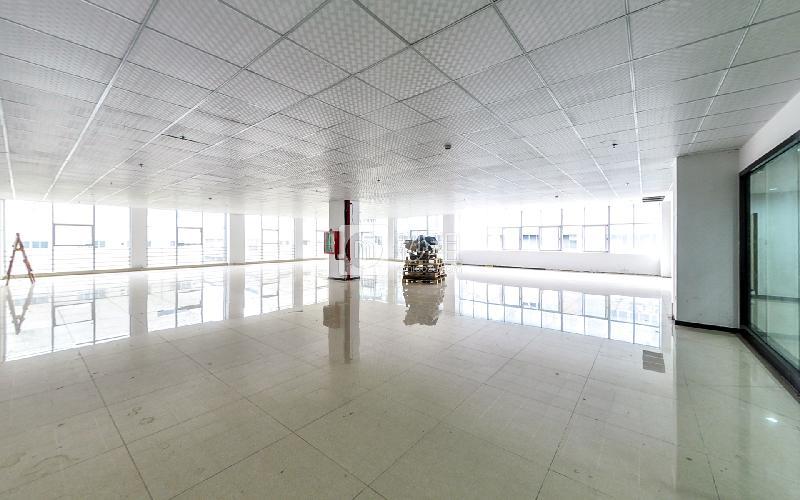 索佳科技园写字楼出租543平米精装办公室45元/m².月