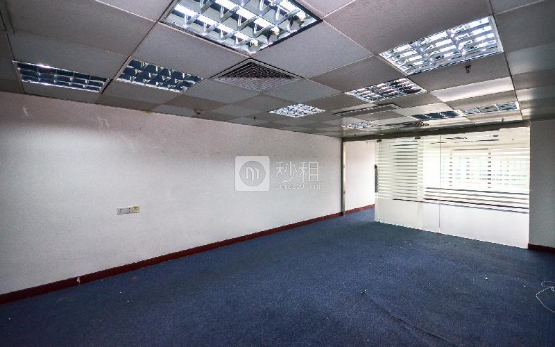 国际银行中心写字楼出租87平米简装办公室95元/m².月