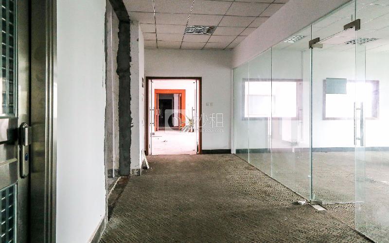 荣城国际写字楼出租165平米精装办公室35元/m².月