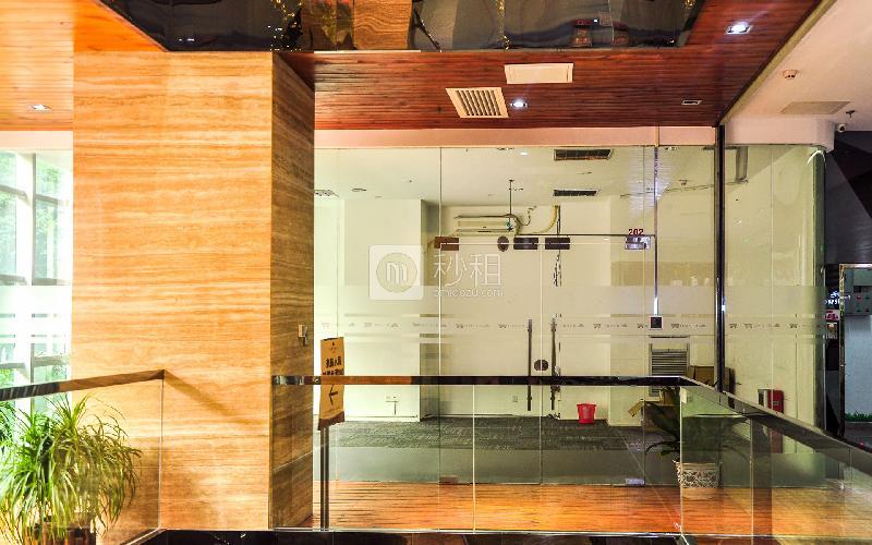 江南西玫瑰园商务港写字楼出租70平米简装办公室90元/m².月