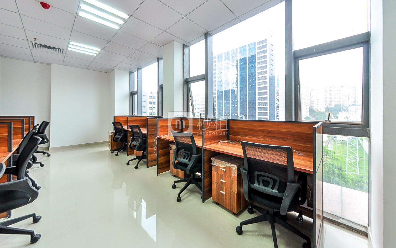 美兰国际商务中心-携创商务中心写字楼出租45平米精装办公室8991元/间.月