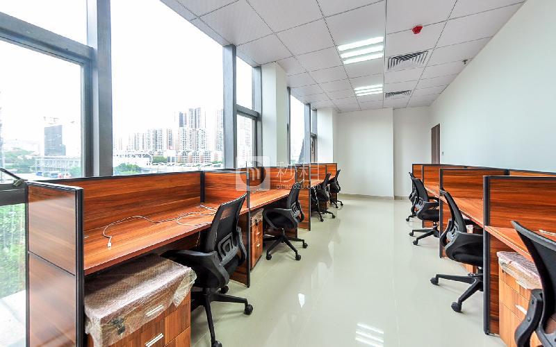 美兰国际商务中心-携创商务中心写字楼出租60平米精装办公室11988元/间.月