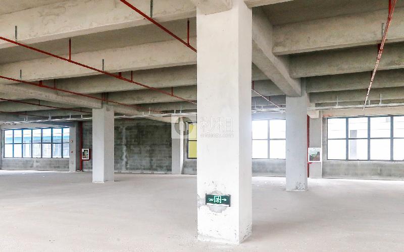 锦绣科学园写字楼出租435平米毛坯办公室45元/m².月