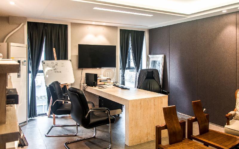广州本土中心设计产业园写字楼出租120平米精装办公室80元/m².月