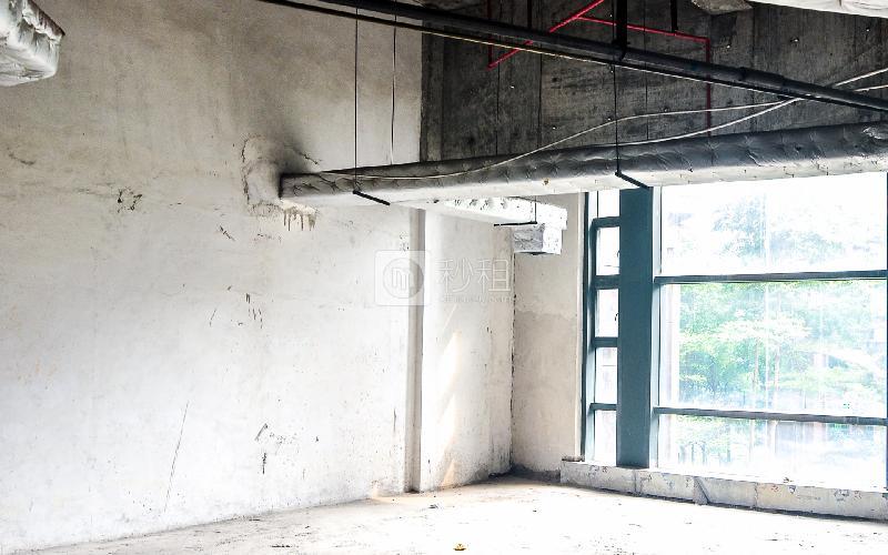马赛国际商务中心写字楼出租46平米毛坯办公室100元/m².月