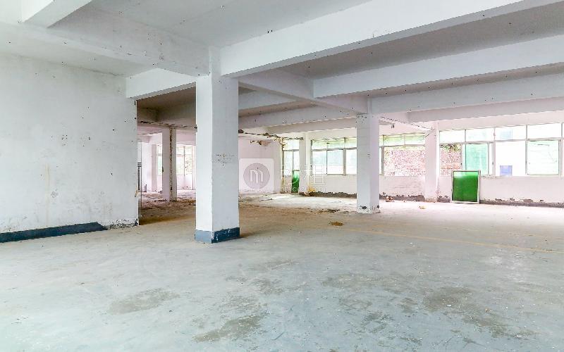百利源研发电商园写字楼出租222平米简装办公室27元/m².月