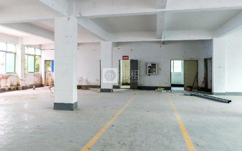 百利源研发电商园写字楼出租235平米简装办公室27元/m².月