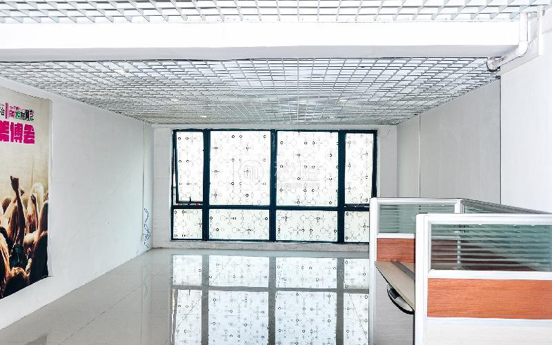 银丰电子商务大厦写字楼出租73平米简装办公室43元/m².月