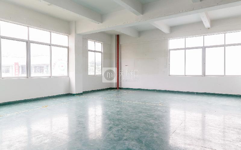 格塘电商园写字楼出租166平米简装办公室39元/m².月