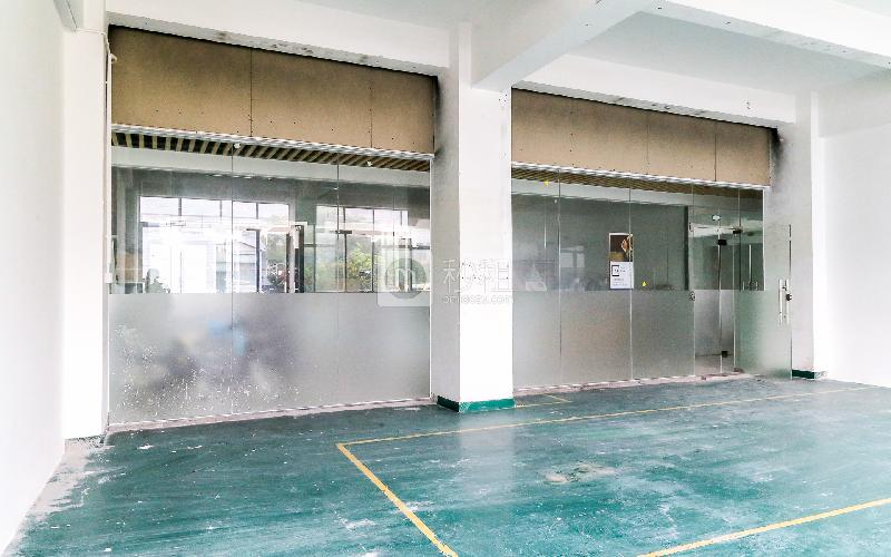 格塘电商园写字楼出租188平米简装办公室39元/m².月