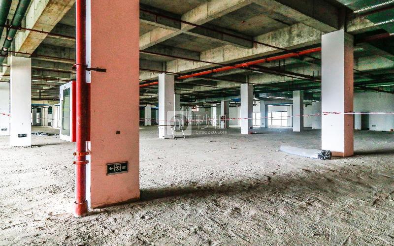 华美嘉大厦写字楼出租600平米毛坯办公室35元/m².月