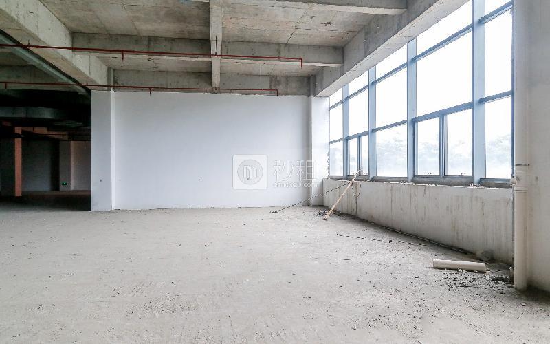 华美嘉大厦写字楼出租700平米毛坯办公室35元/m².月