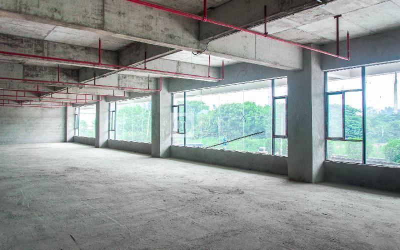万豪大厦写字楼出租289平米毛坯办公室38元/m².月