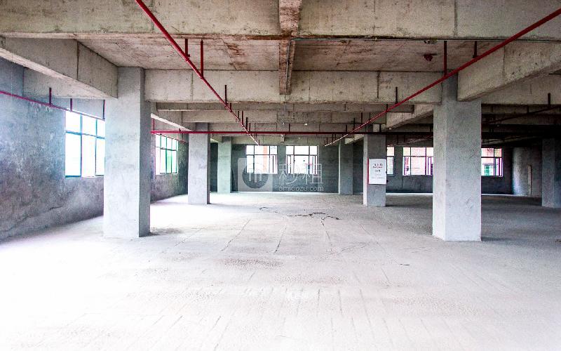 万豪大厦写字楼出租600平米毛坯办公室38元/m².月