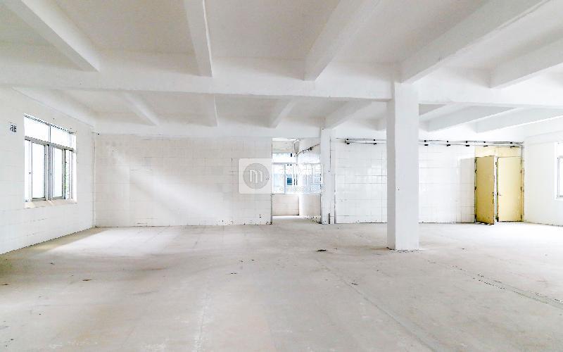 富方达下李朗电商园写字楼出租431平米毛坯办公室20元/m².月