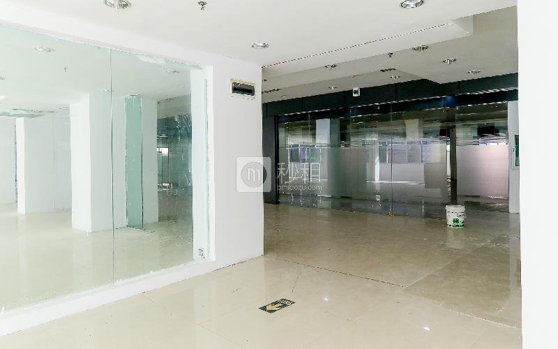 华林达电商产业园写字楼出租360平米简装办公室35元/m².月