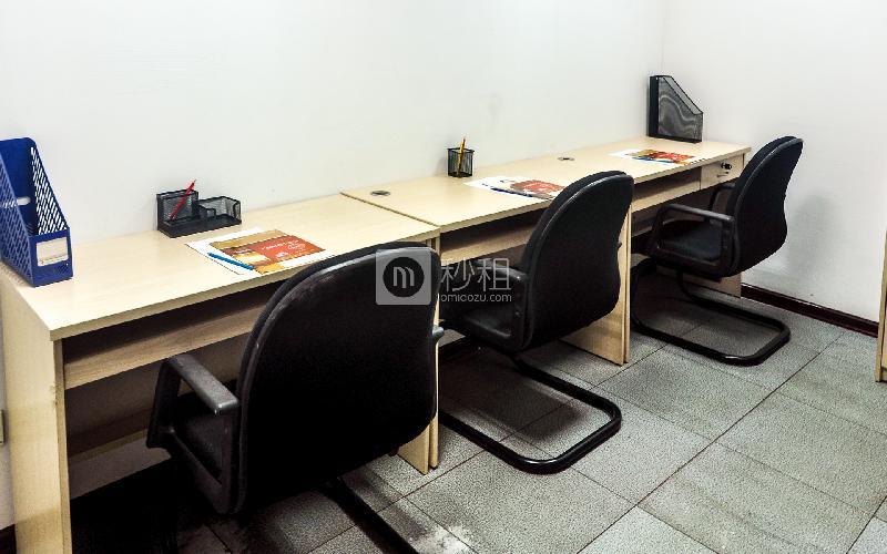 富力天河商务大厦-企创商务中心写字楼出租15平米简装办公室3780元/间.月