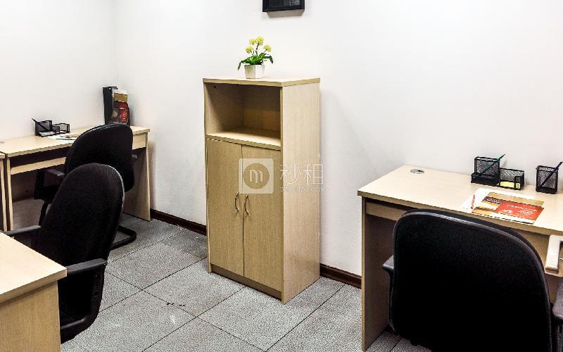 富力天河商务大厦-企创商务中心写字楼出租15平米简装办公室4180元/间.月