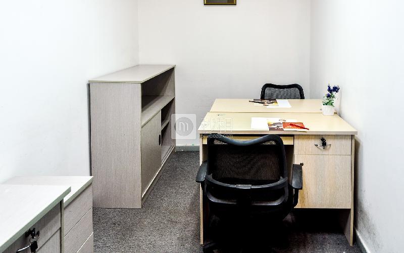 富海大厦-企创商务中心写字楼出租10平米简装办公室3486元/间.月