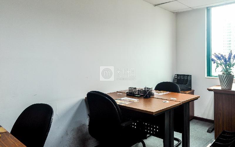 新达城广场-企创商务中心写字楼出租10平米简装办公室1290元/间.月