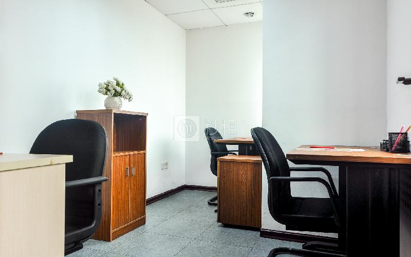 新达城广场-企创商务中心写字楼出租15平米简装办公室2208元/间.月