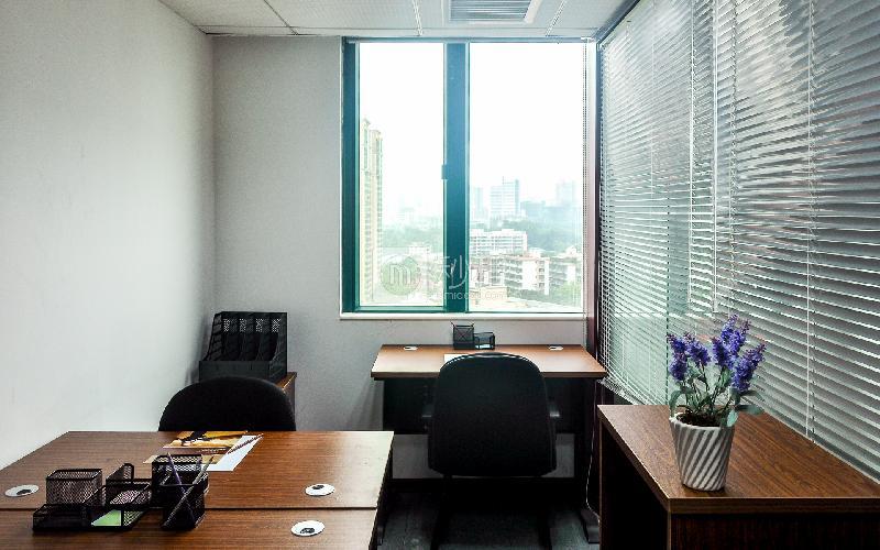 新达城广场-企创商务中心写字楼出租10平米简装办公室1968元/间.月