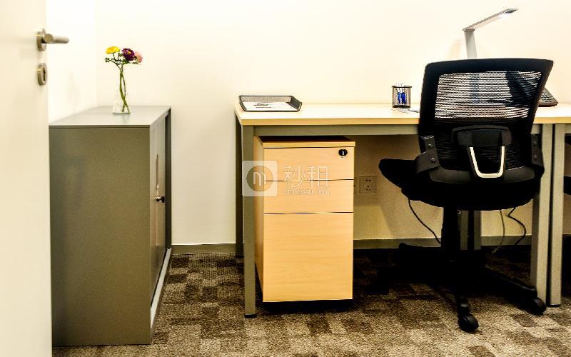 广东国际大厦-雷格斯商务中心写字楼出租4平米精装办公室2860元/间.月
