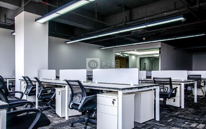 万国食品城-摩天之星孵化器写字楼出租328平米精装办公室80元/m².月