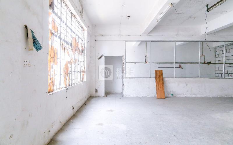 钢艺世家写字楼出租280平米简装办公室32元/m².月