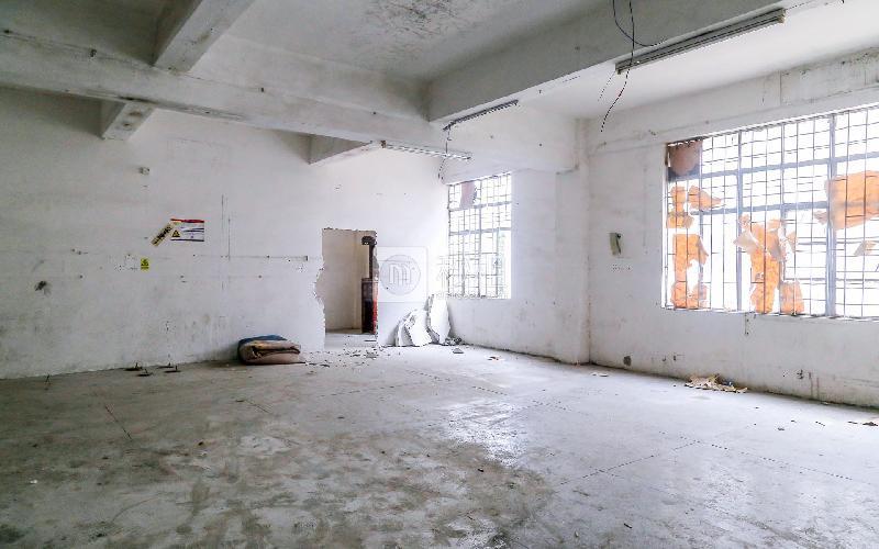 钢艺世家写字楼出租230平米毛坯办公室32元/m².月