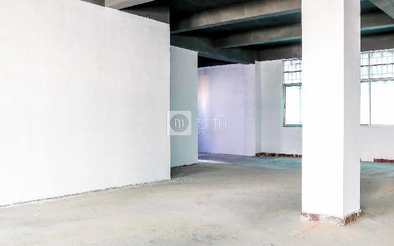 恒特美大厦写字楼出租240平米毛坯办公室38元/m².月