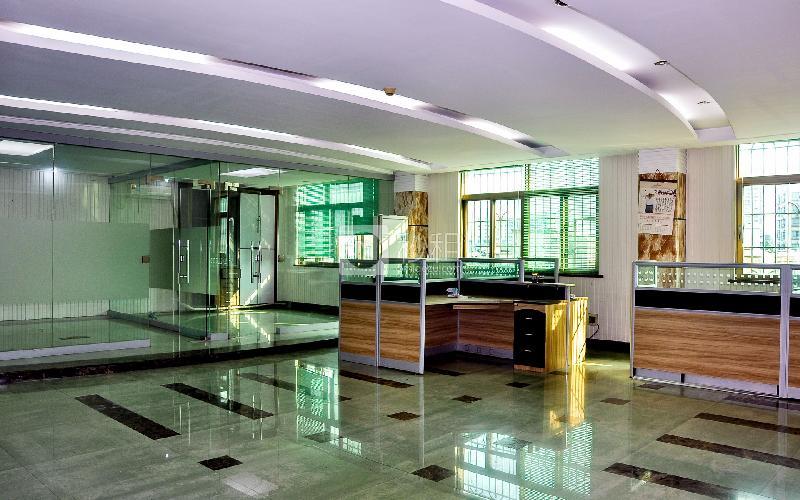 齐天下商务中心写字楼出租300平米精装办公室80元/m².月