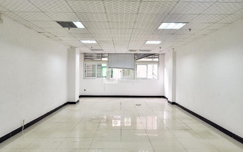 金豪商务大厦写字楼出租83平米简装办公室75元/m².月
