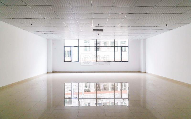 合兴创客中心写字楼出租175平米精装办公室65元/m².月