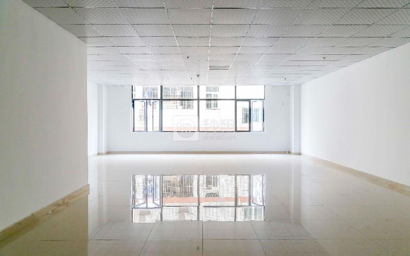合兴创客中心写字楼出租193平米精装办公室55元/m².月