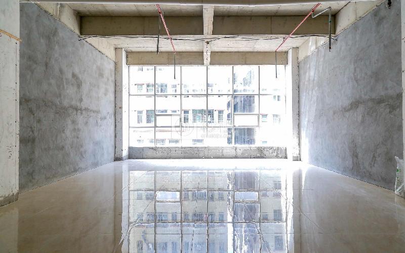 皇嘉中心写字楼出租126平米简装办公室42元/m².月