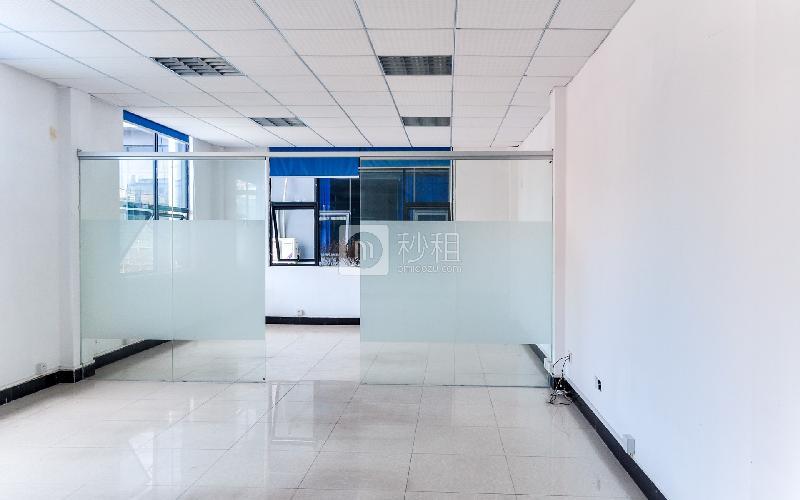 冠达商务中心写字楼出租88平米简装办公室70元/m².月