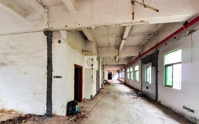 博园大厦写字楼出租136平米毛坯办公室70元/m².月