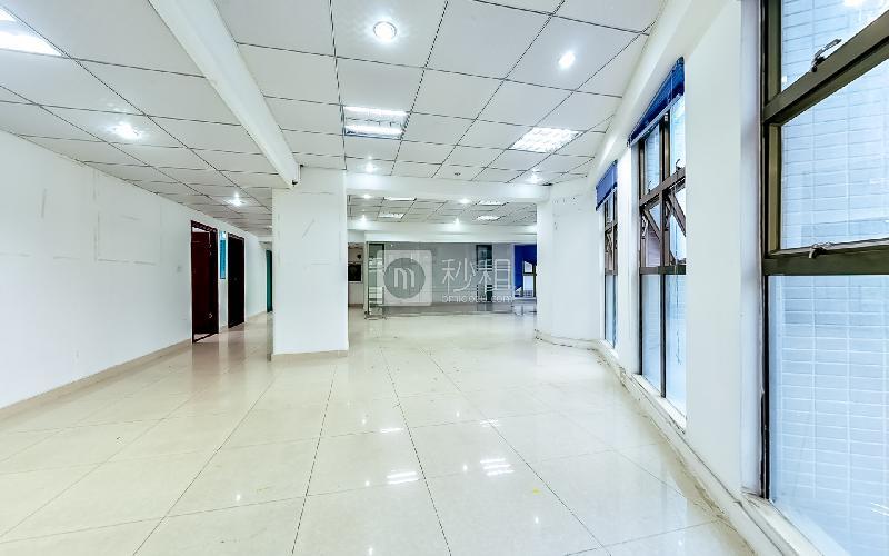 瑞意综合楼写字楼出租248平米精装办公室45元/m².月