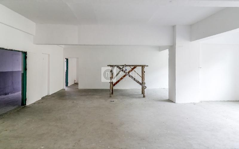 中泰科技园写字楼出租198平米简装办公室33元/m².月