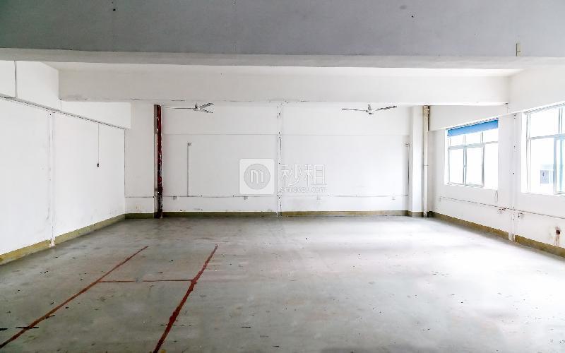 中泰科技园写字楼出租120平米简装办公室33元/m².月