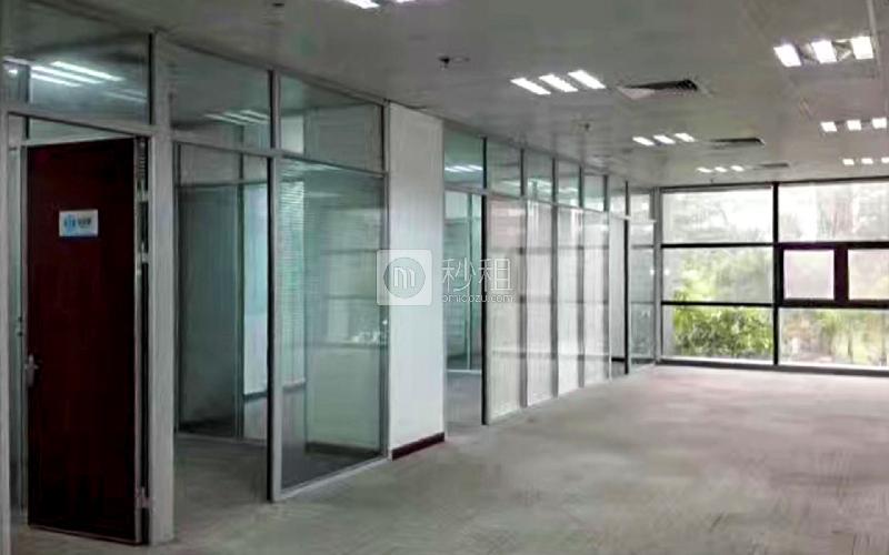 国人通信大厦写字楼出租392平米精装办公室100元/m².月