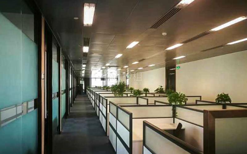 利通广场写字楼出租2280平米精装办公室210元/m².月