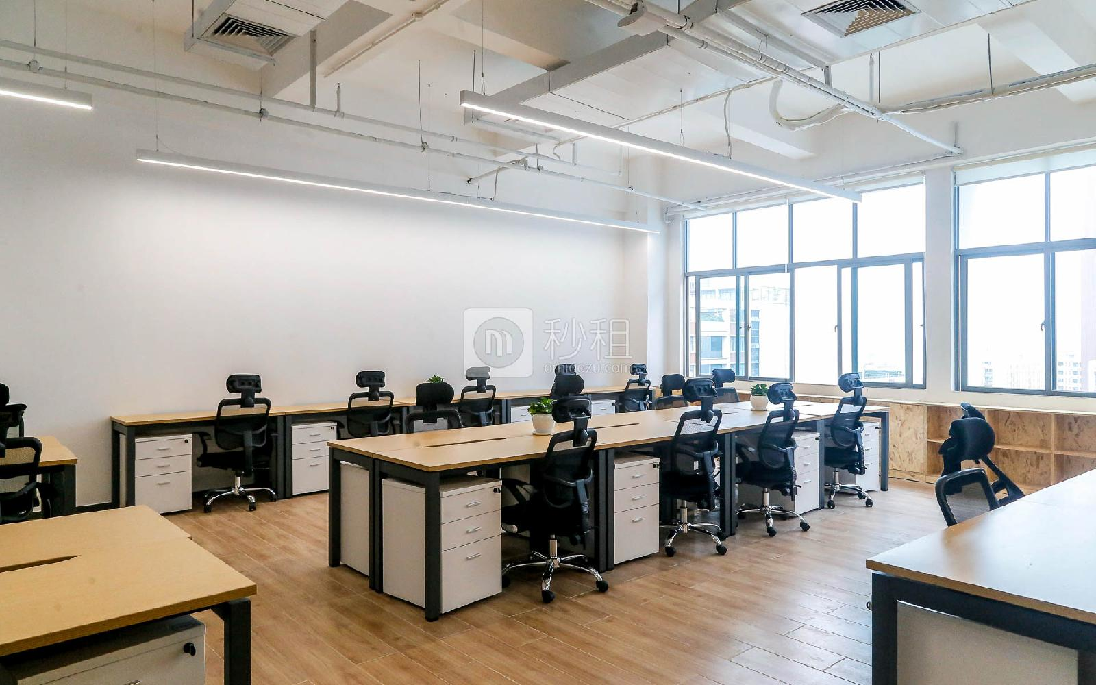 飞扬科技园-飞扬联合办公空间写字楼出租67平米精装办公室26400元/间.月