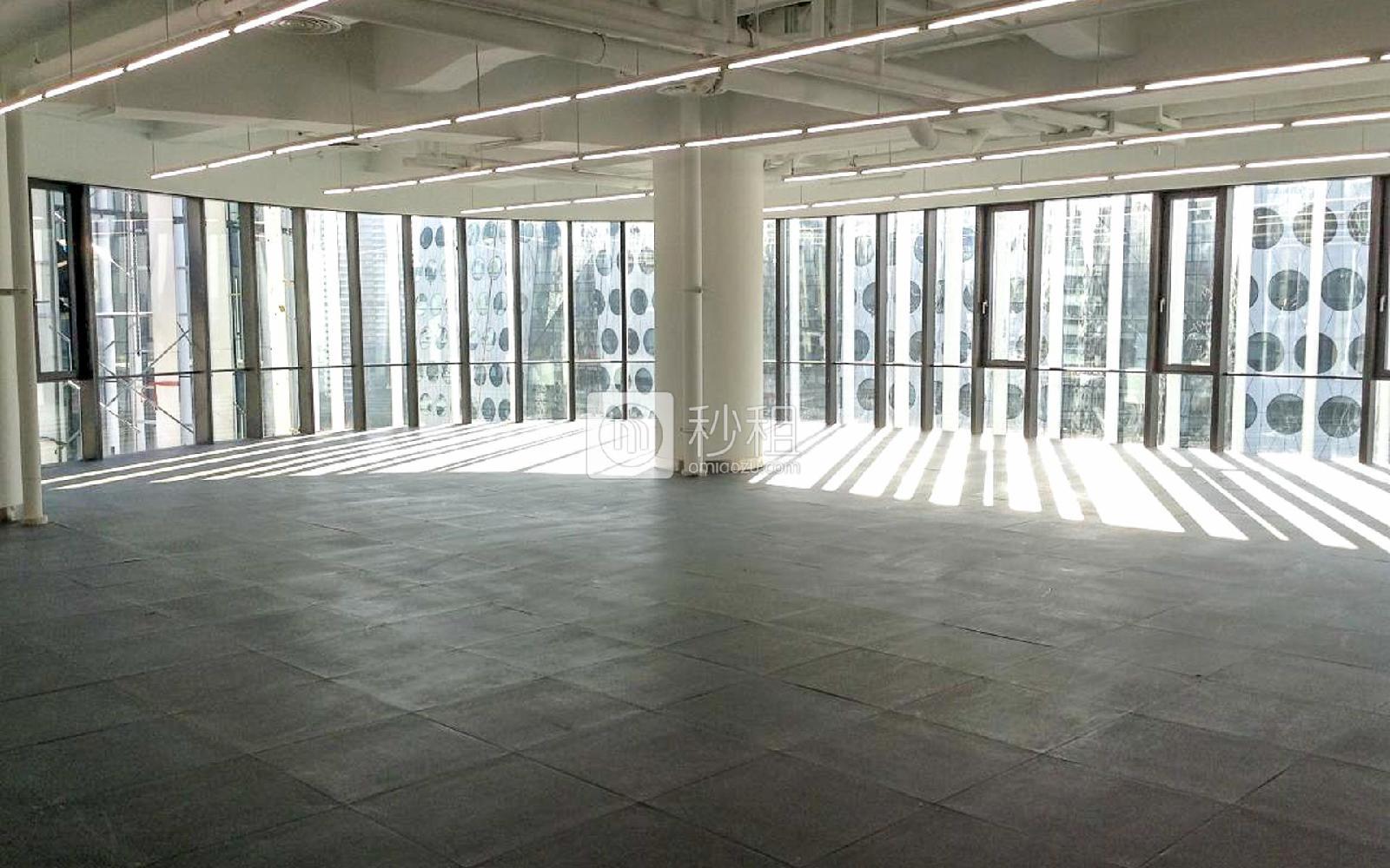 光华路SOHO二期写字楼出租201平米简装办公室10元/m²/天