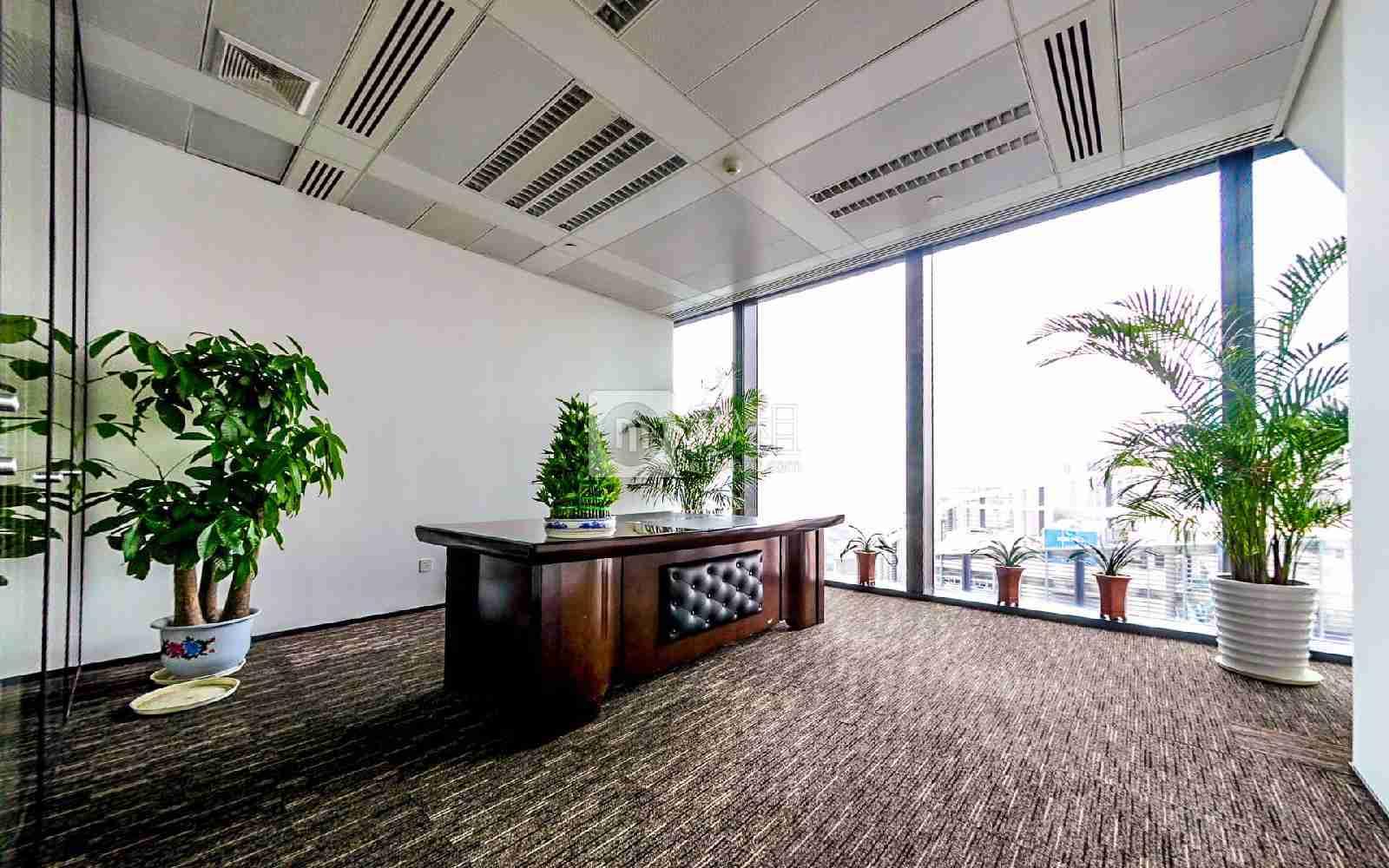 京基100大厦写字楼出租563平米豪装办公室230元/m².月