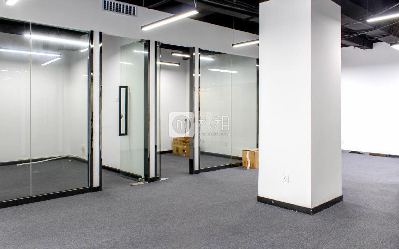 恒裕中心写字楼出租265平米精装办公室100元/m².月