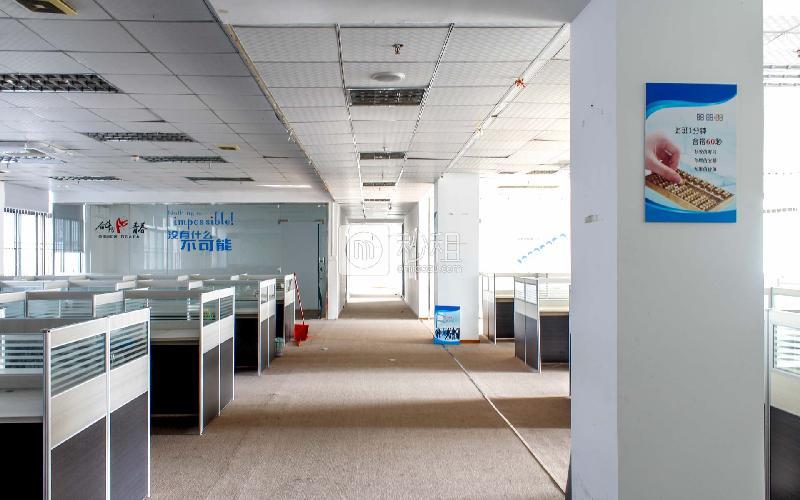 牛栏前大厦写字楼出租723平米精装办公室56元/m².月