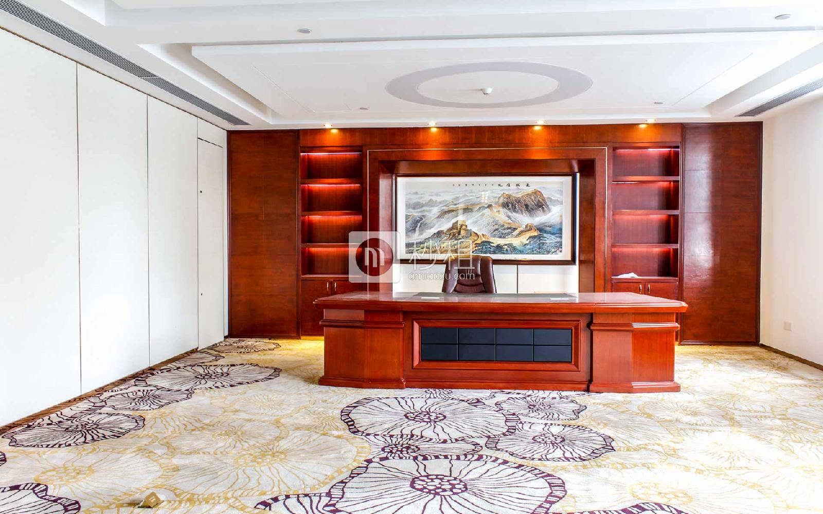 金銮国际大厦写字楼出租590平米精装办公室105元/m².月