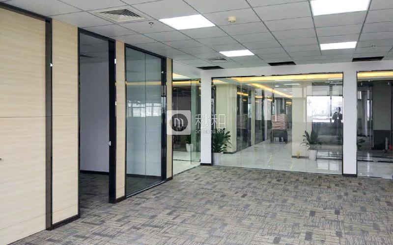 华瀚科技大厦写字楼出租226平米精装办公室70元/m².月